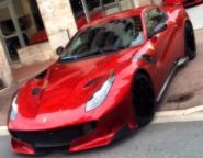 Looksmart 1:18 Ferrari F12 tdf - Rosso Fuoco with Black Livery
