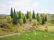 Noch Mischwald, 10 Bäume, 3,5 - 9 cm hoch 32911