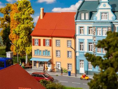 Faller 2 Reliefhäuser Kleinstadt 130711