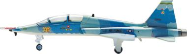 Hogan Wings 1:200 T-38A US Air Force , 64th FWS (Aggres