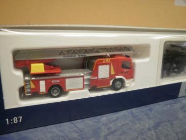 Rietze MB Atego DLK 32 Feuerwehr Kempen 71609