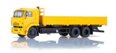 SSM LKW 1:43 KAMAZ-65117 Pritschen-LKW gelb 83SSM1319