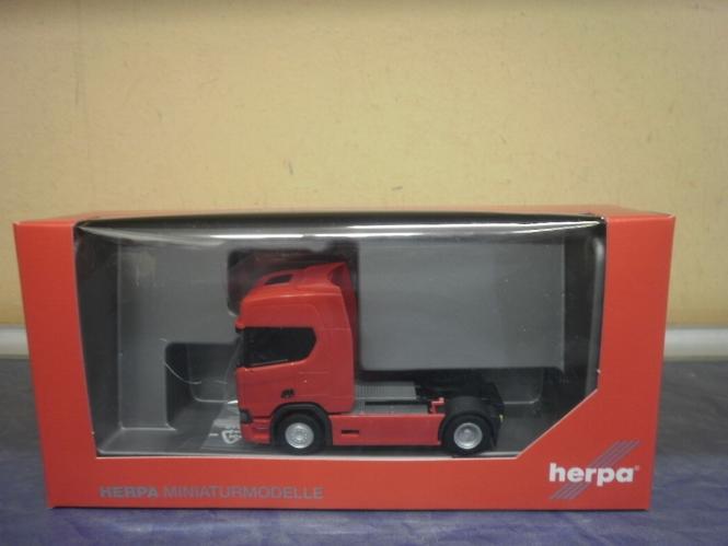 Herpa LKW Scania CR 20 HD/Aerop. SZM rot 307093