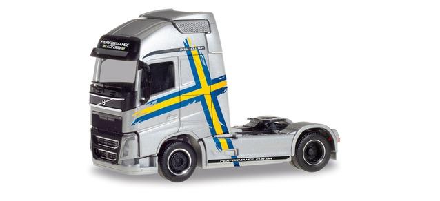 Herpa LKW Volvo FH4 Glob/Aerop. XL SZM Performance Line silber 308243