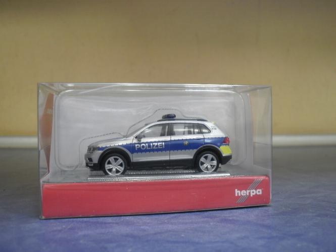 "Herpa 093613-1:87 VW Tiguan /""Polizei Wiesbaden/"" OVP NEU"