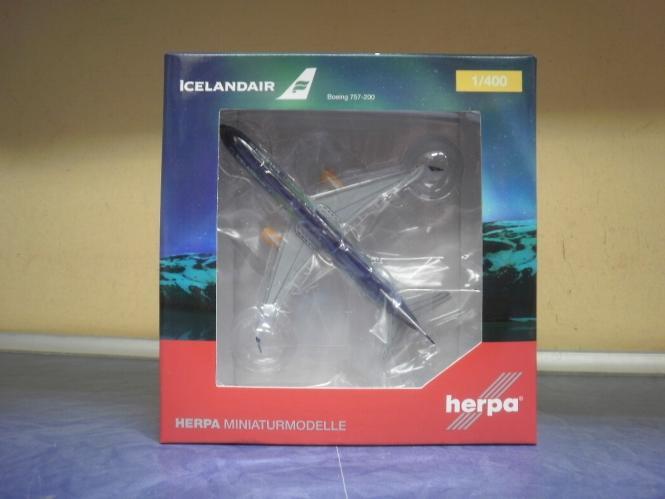 Herpa Wings 1:400 Boeing 757-200 Icelandair 562539