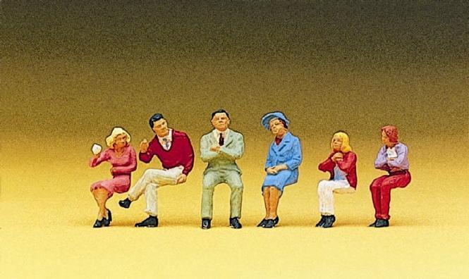 Preiser Sitzende Personen 10096
