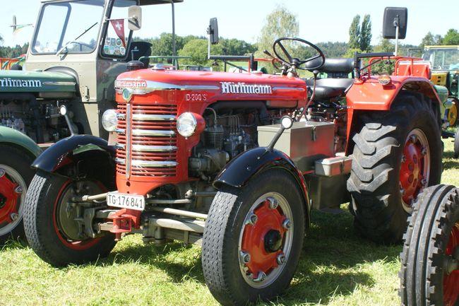 Schuco 1:32 Traktor Hürlimann D-200 S, rot 450904300