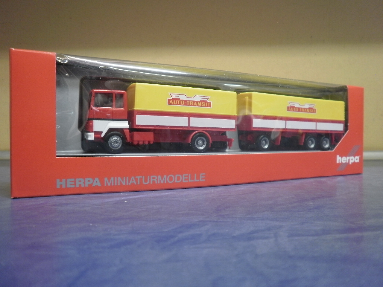Herpa LKW Ford Transcontinental PrHz Autotransit 308021