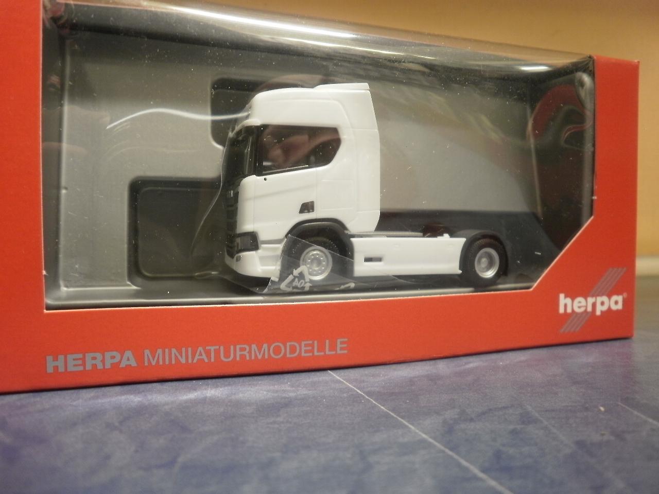 blau Herpa LKW Scania CR XT ND Bau-SZM 2achs